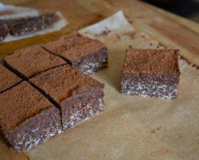 Raw brownie nötfri